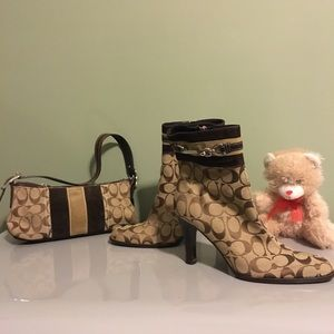 Coach boots size 8M with matching handbag,
